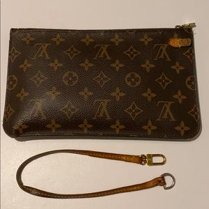 AUTHENTIC LOUIS VUITTON zippered clutch w strap